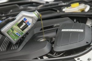 The Benefits of a Synthetic Oil Change | Budget Auto Repair